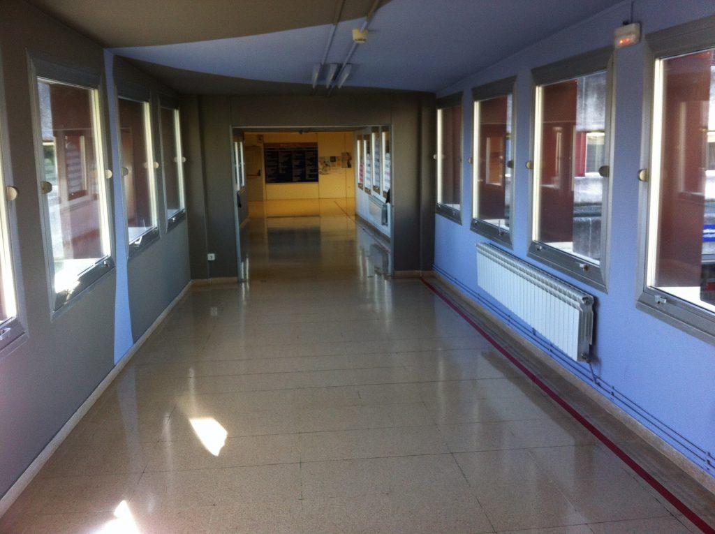 hospital-s-corridor-1631146-1024x765