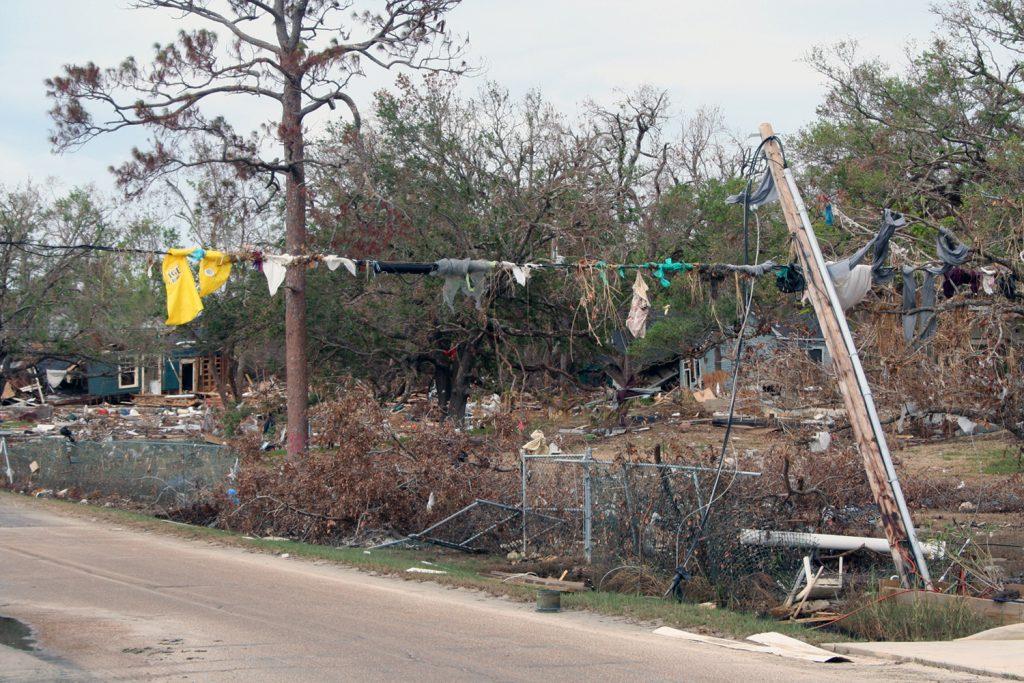 more-storm-surge-debris-1560382-1024x683