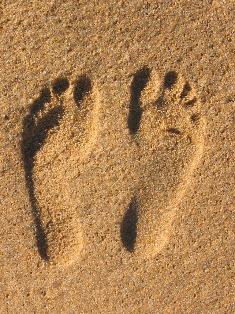 sand-footprint-1539133-768x1024