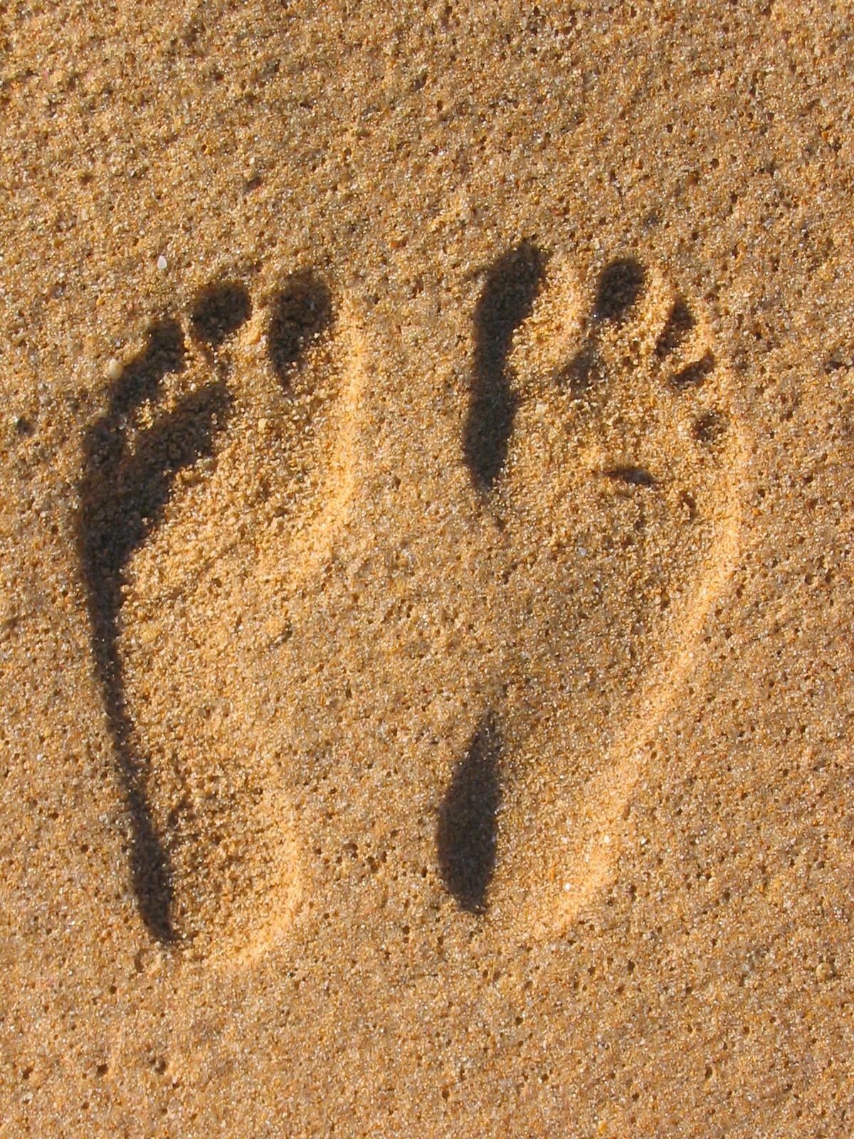 Как сделать след от ноги