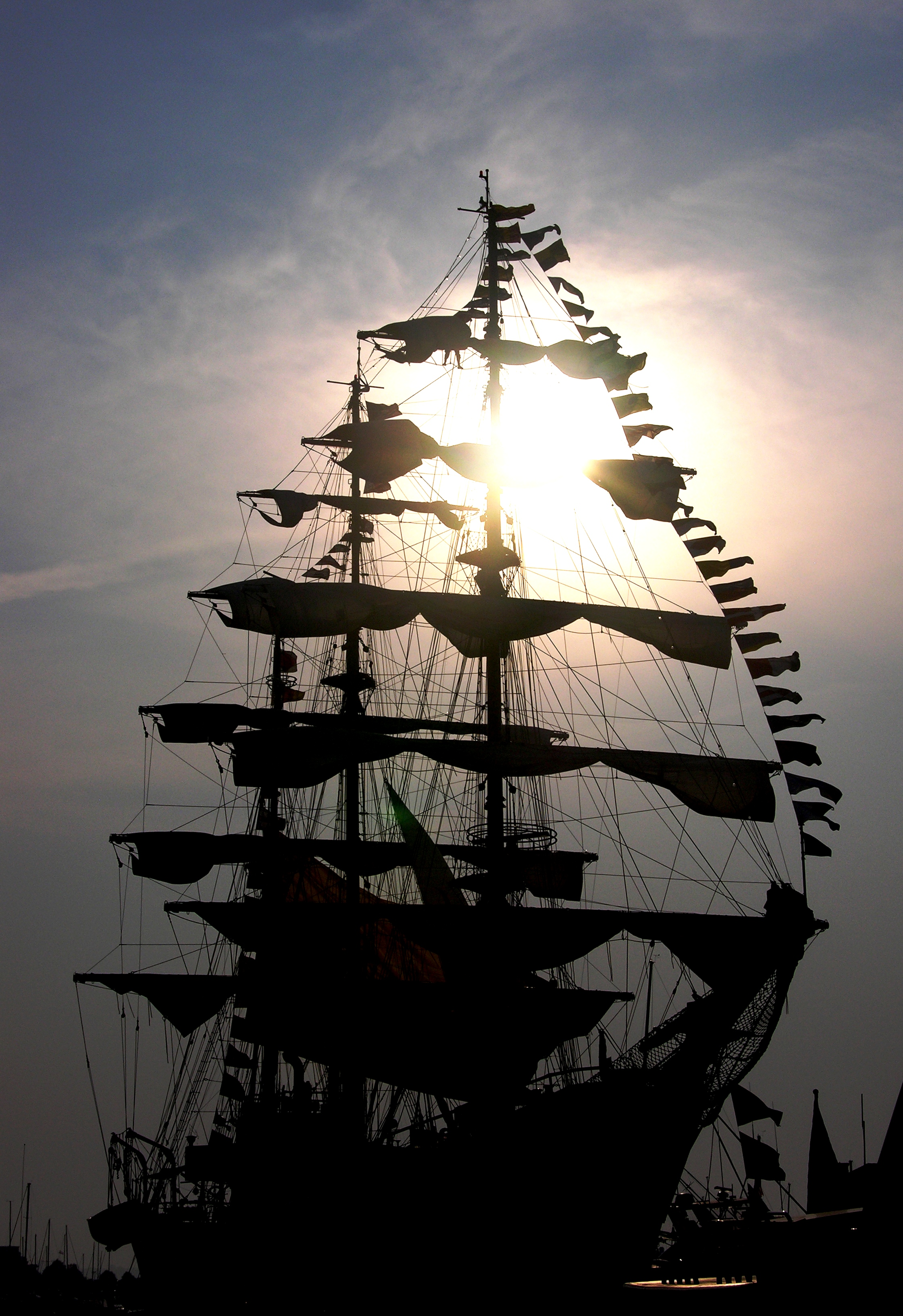 tall-ship-silhouette-1449207