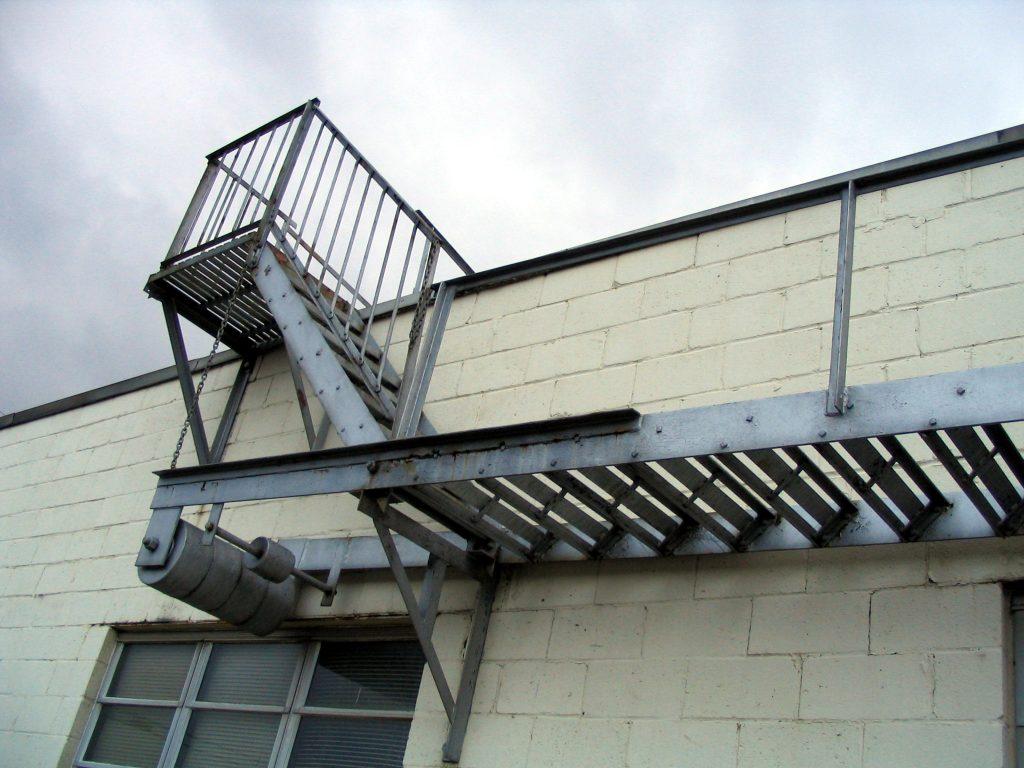 rusty-ladder-1478523