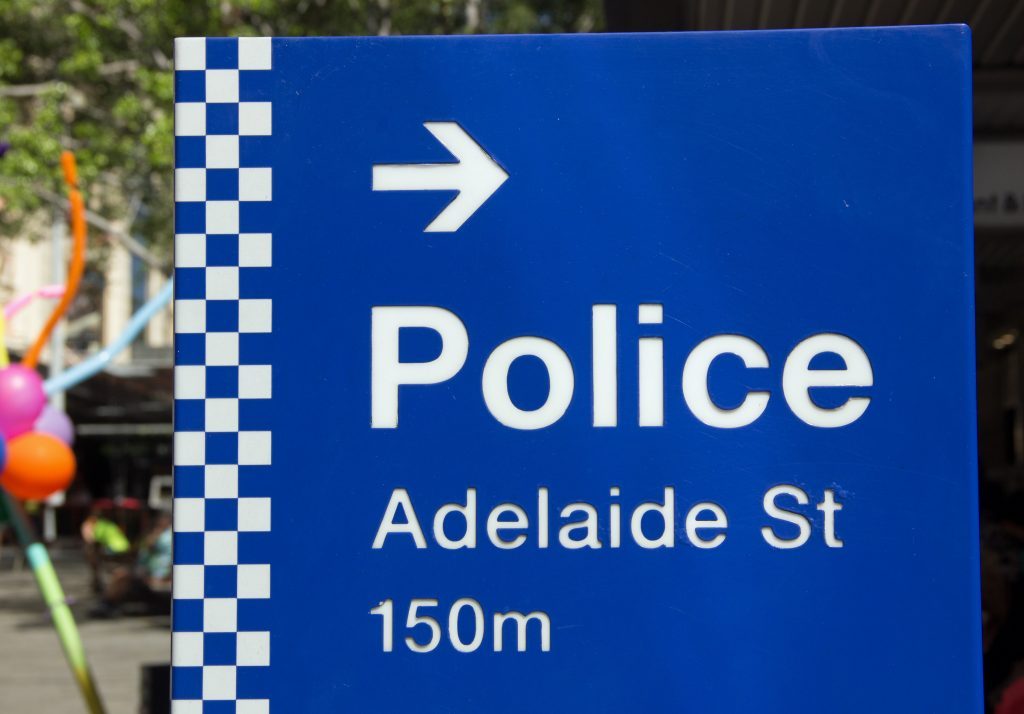 aussi-police-sign-1443987-1024x714