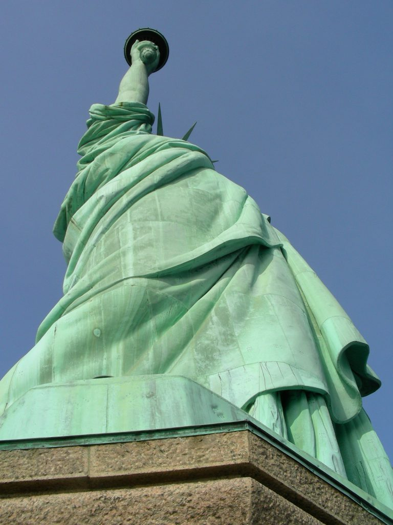new-york-city-xmas-2007-15-1213202-768x1024