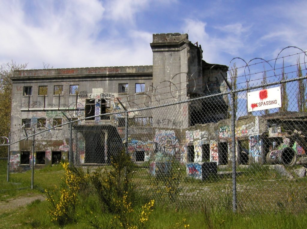 abandoned-mental-hospital-1543214-1024x766