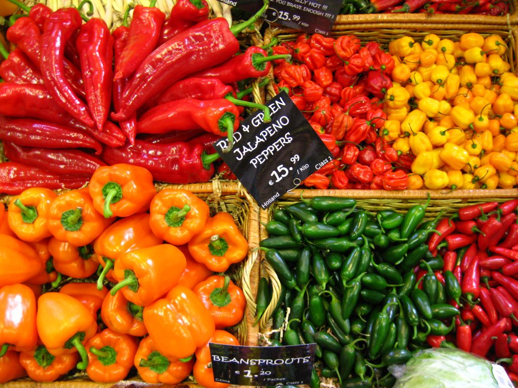 coloured-peppers-1319797-1024x768