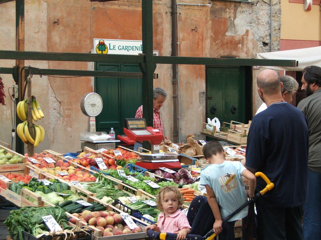 greengrocer-1241104-1024x768