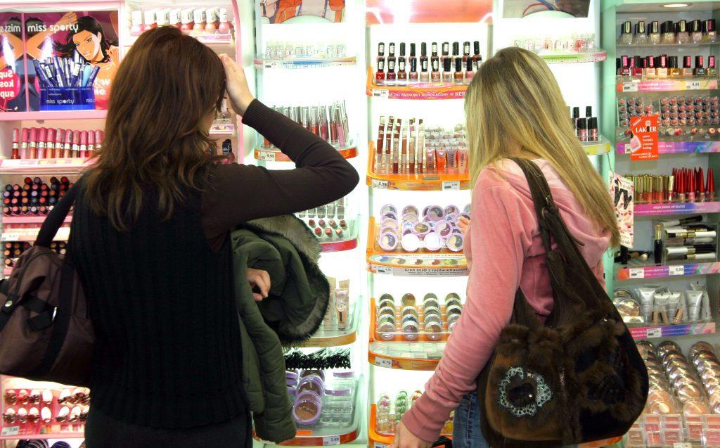 shopping-1241024-1024x637