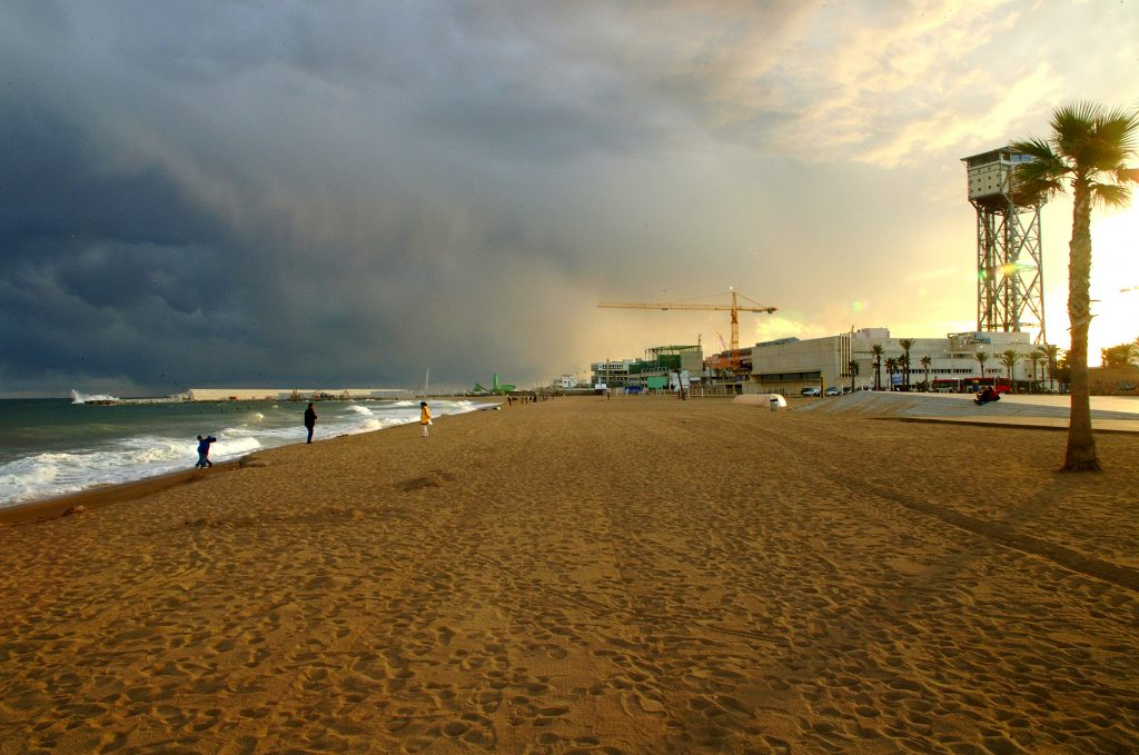 storm-over-barcelonetta-1463885-1024x679