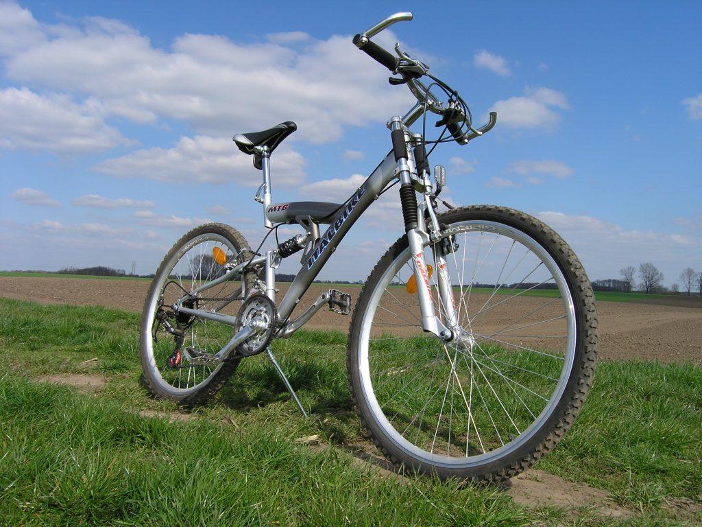 nice-bike-1547666-1024x768
