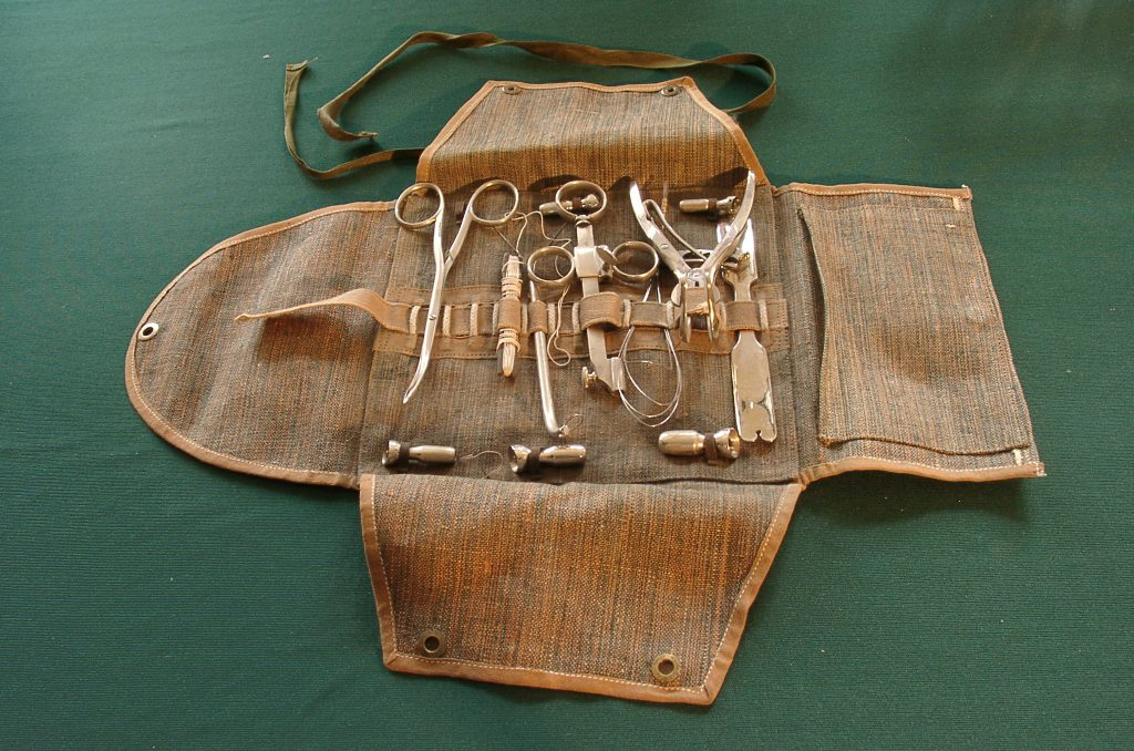historical-medical-devices-3-1566087-1024x678