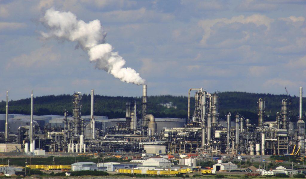oil-refinery-1240489-1024x599