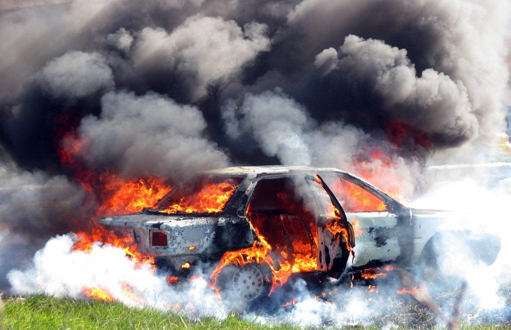 car-fire-1346381-1024x662
