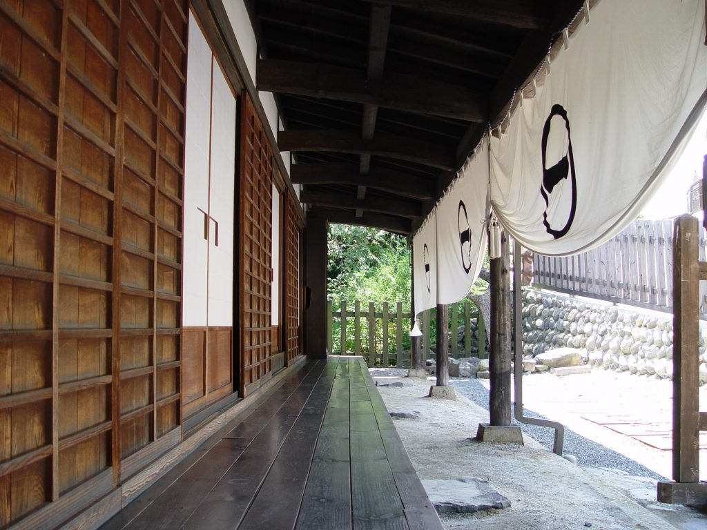 japanese-porch-tsumago-1228438-1024x768