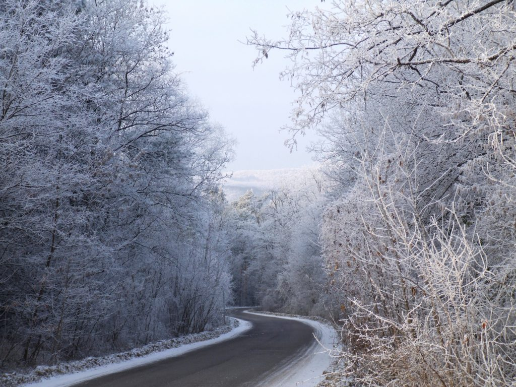 winter-road-1347950-1024x768