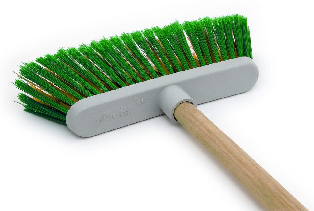 broom-1-1206422-1024x688