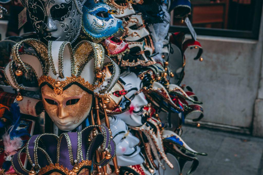 art-close-up-costume-1144283-1024x683