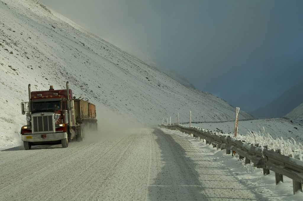 trucking-in-snow-1357665-1024x681