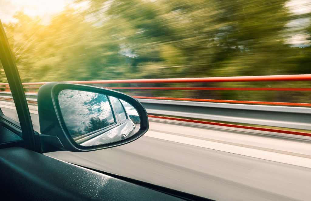 blur-car-drive-451590-1024x665