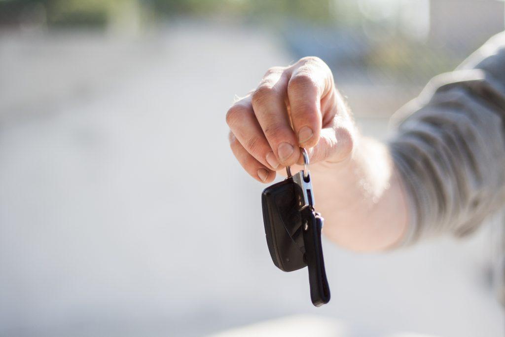 car-buying-car-dealership-car-key-97079-1024x683