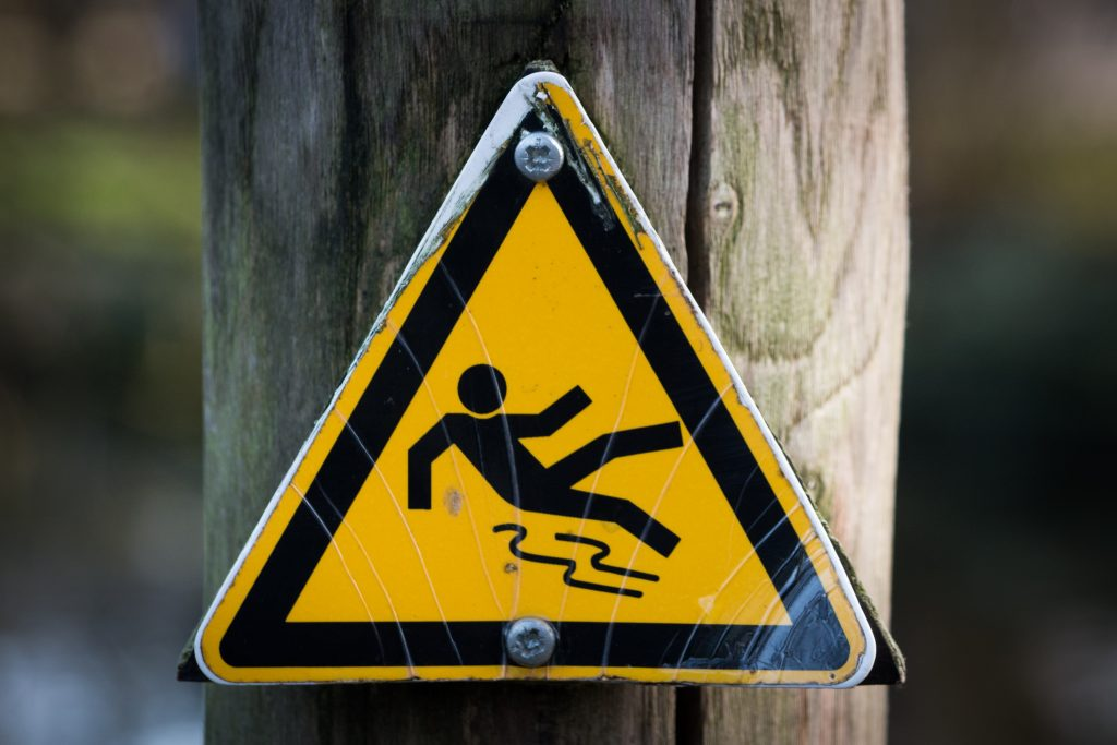 sign-slippery-wet-caution-4341-1024x683